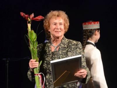 Валентина Пурвинская награждена «серебряной лилией». Поздравляем!